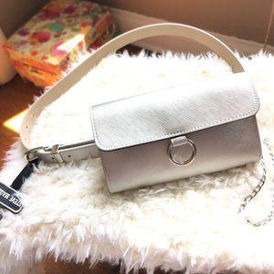🔥 New Listing🔥Steve Madden Fanny Belt Bag Large